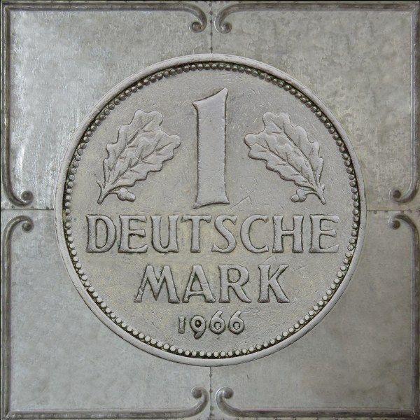 Muurdecoratie Duitse mark zink 3D 72 x 72 cm